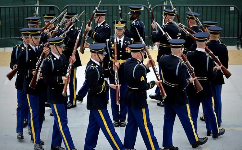 us-army-drill-team-619171_1280